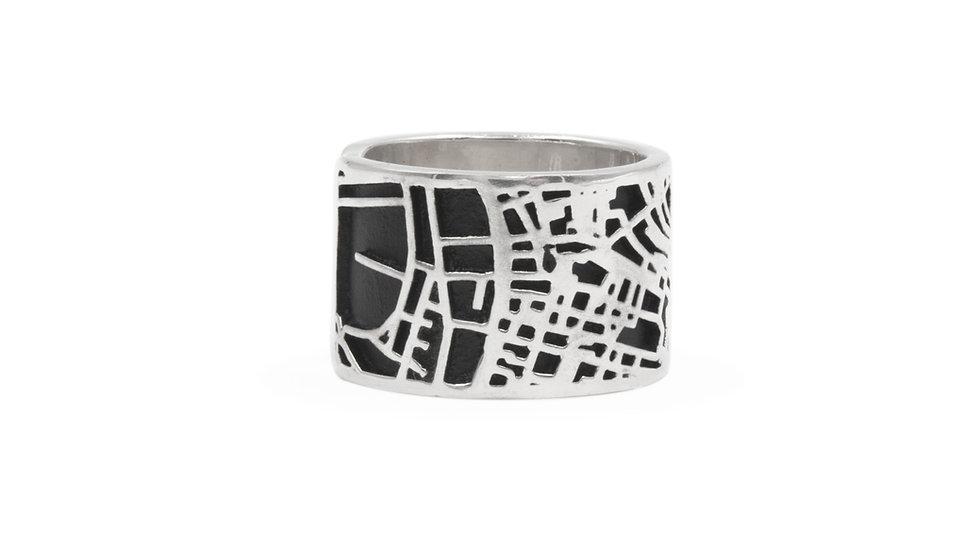 Anello argento fatto a mano raffigurante la mappa della città di Genova