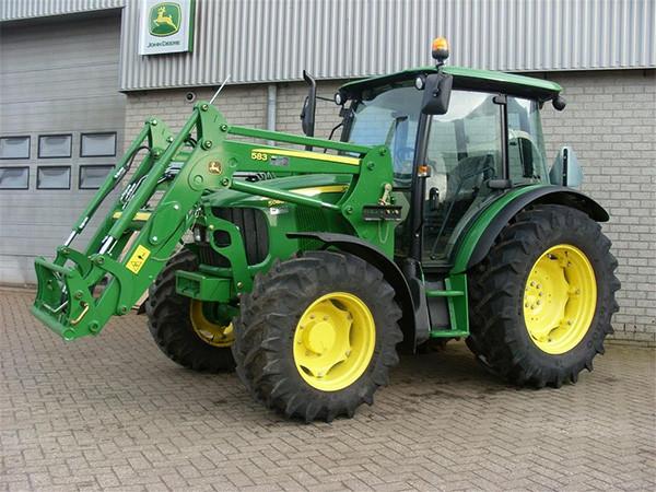 Traktor John Dere 583