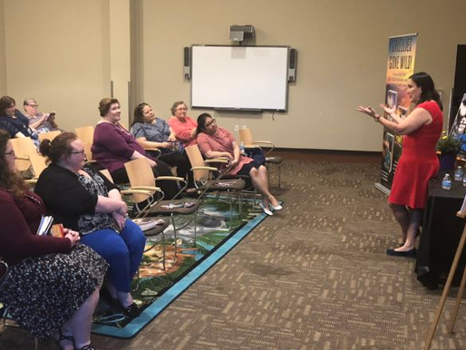 Author Kathy Lyons's Visit Brings Romance to Life