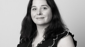E121 - Non - Hierarchical Leadership With Helen Moulinos