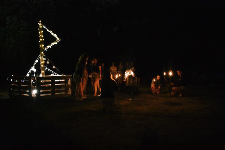 Kampvuuravond - Leiding