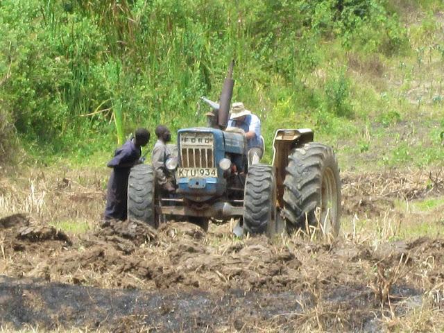Yogo-farming-training-tractor.jpg