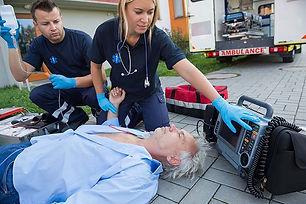 paramedic-emt.jpg