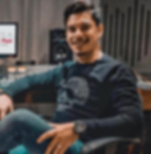 Edu Reyes Mix & Post.