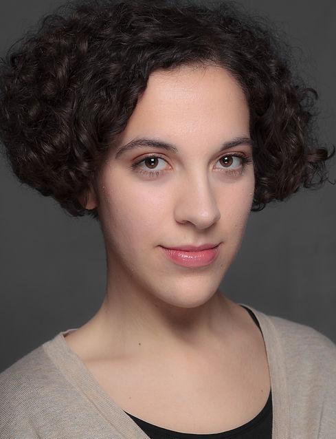 Alya Elouissi - Acting headshot 2