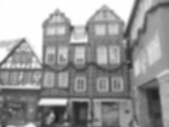 Schiefes_Haus_Idstein_edited.jpg
