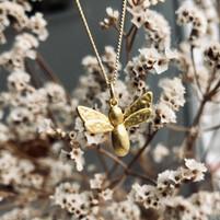 15. bee happy g 3.jpg