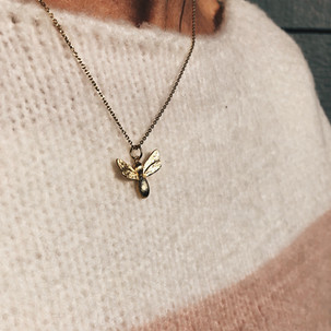 bee gold necklace.jpeg