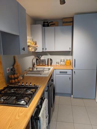 grey kitchen wrap uk.jpg