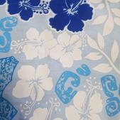 TI-27 Tissu hibiscus bleu-blanc
