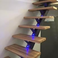 escalier droit avec leds intégrés
