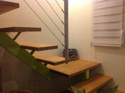 escalier metal bois.jpg