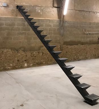 escalier droit acier bois.jpg