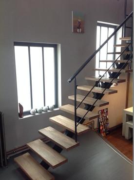 escalier entreport.JPG