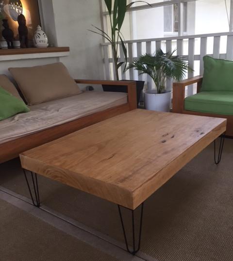table basse sur hairpin legs