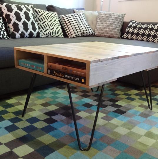 table palette sur pieds épingles