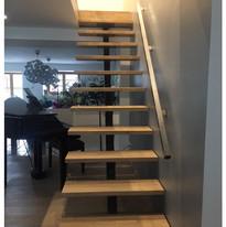 escalier sur poutre