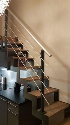petit escalier cremaillere.jpeg
