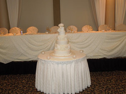 Ruffles wedding cake, 200 personnes