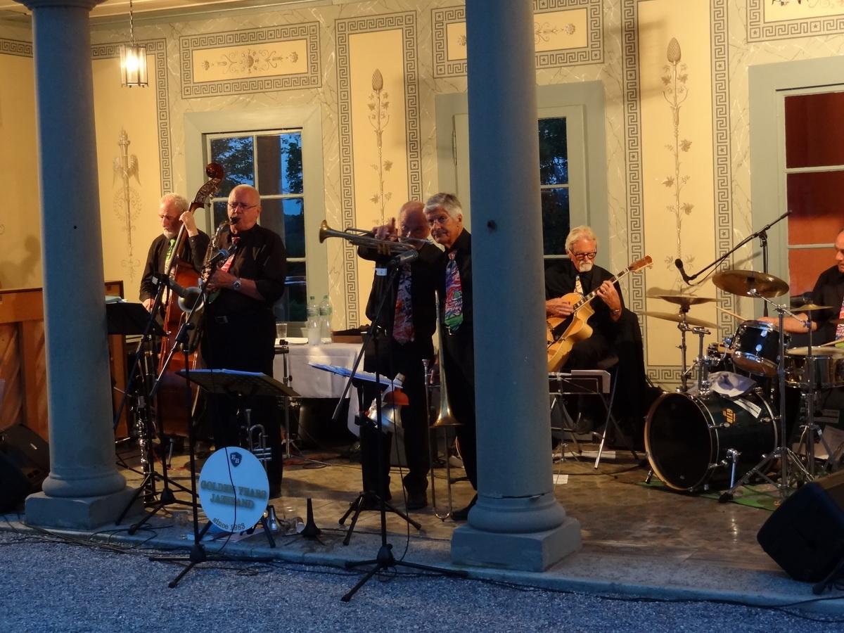Schloss Oberdiessbach2014-045