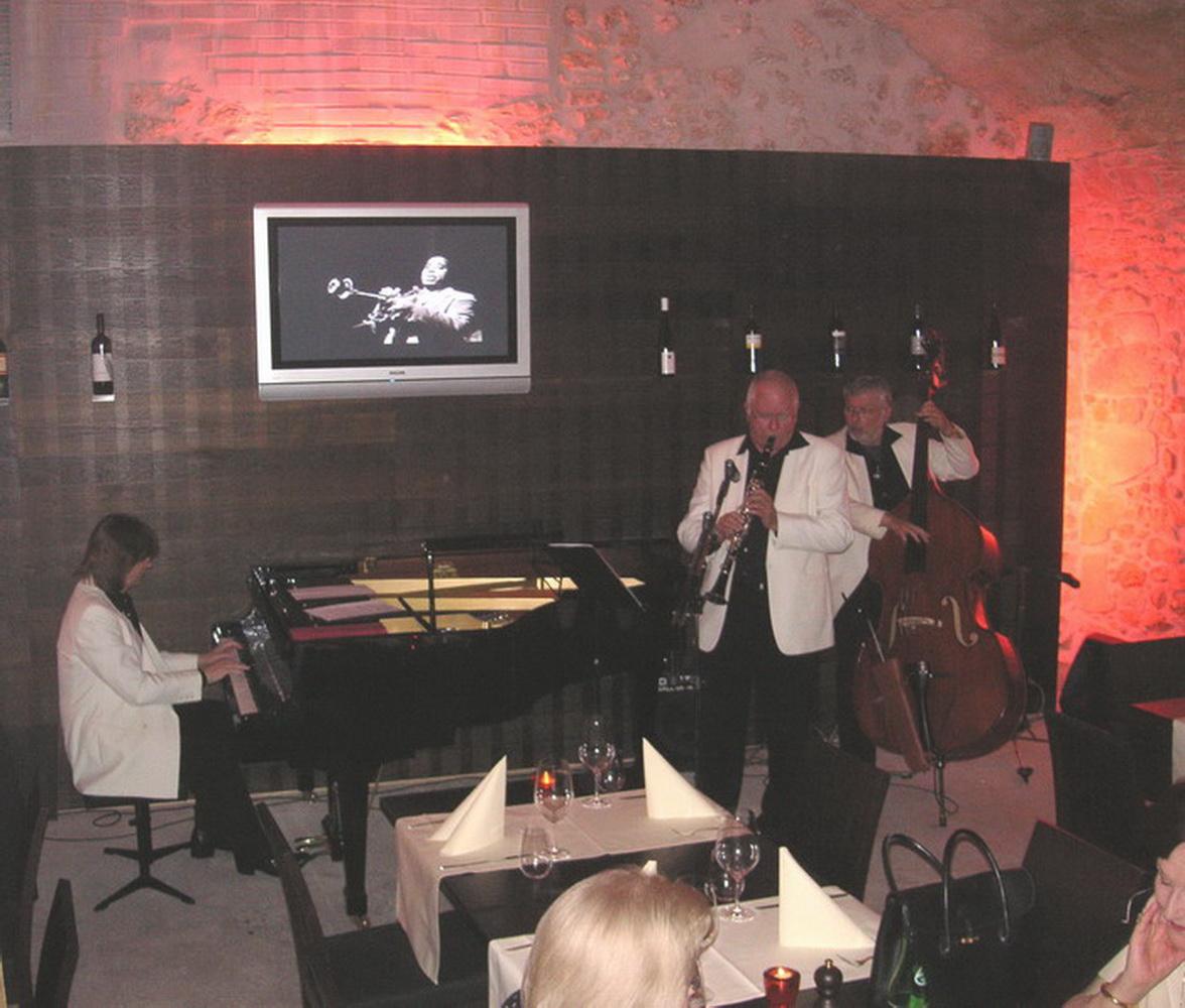 JnG Caveau-Olten 2006-004