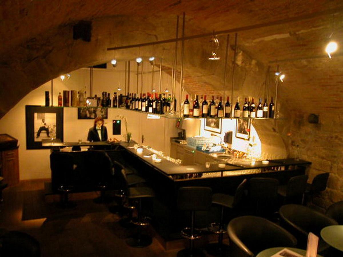 Jackson Lounge 2005-002