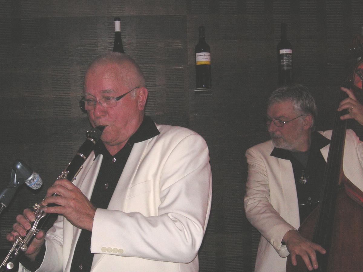 JnG Caveau-Olten 2006-005