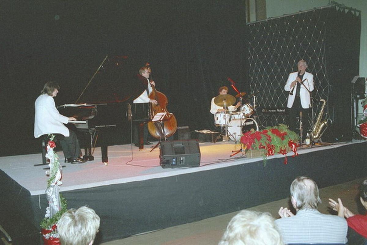 MARABU 2002-004