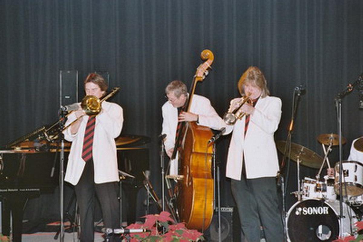 MARABU 2003-011