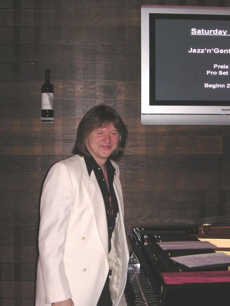 JnG Caveau-Olten 2006-002