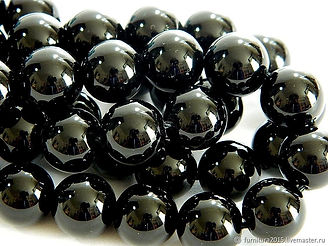 турмалин черный фото бусины.jpg