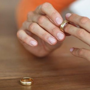 Abril 3. Las etapas del duelo en el divorcio emocional.