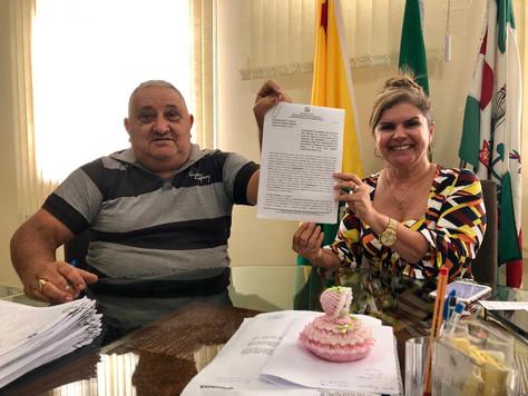 MARILETE VITORINO ASSINA ORDEM DE SERVIÇO PARA REFORMA E MODERNIZAÇÃO DA PRAÇA DA COHAB