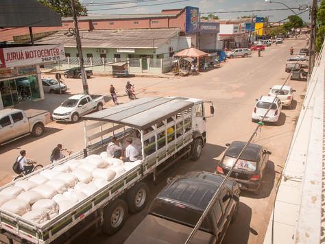 PREFEITURA DE TARAUACÁ GARANTE ESCOAMENTO DA PRODUÇÃO PARA AGRICULTORES