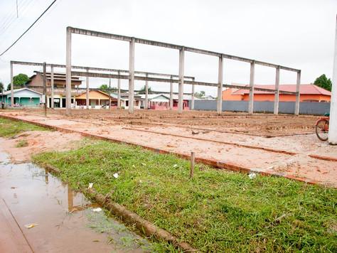 PRAÇA DA JUVENTUDE DE TARAUACÁ TEM OBRA RETOMADA