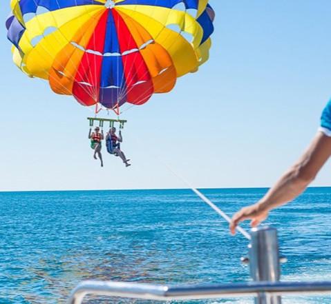 parasailing.jpg