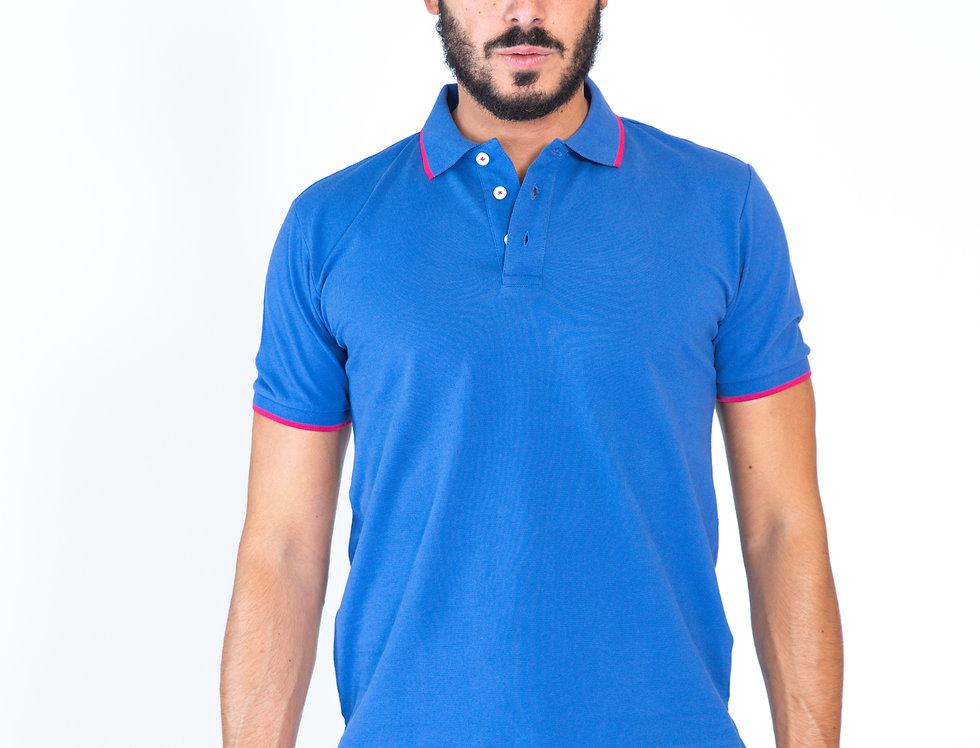 Polo azzurra in piquet con profili fuxia