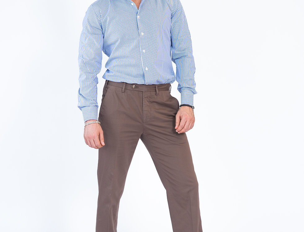 Chino  vestibilita' regular  marrone