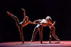 Qutb - dance