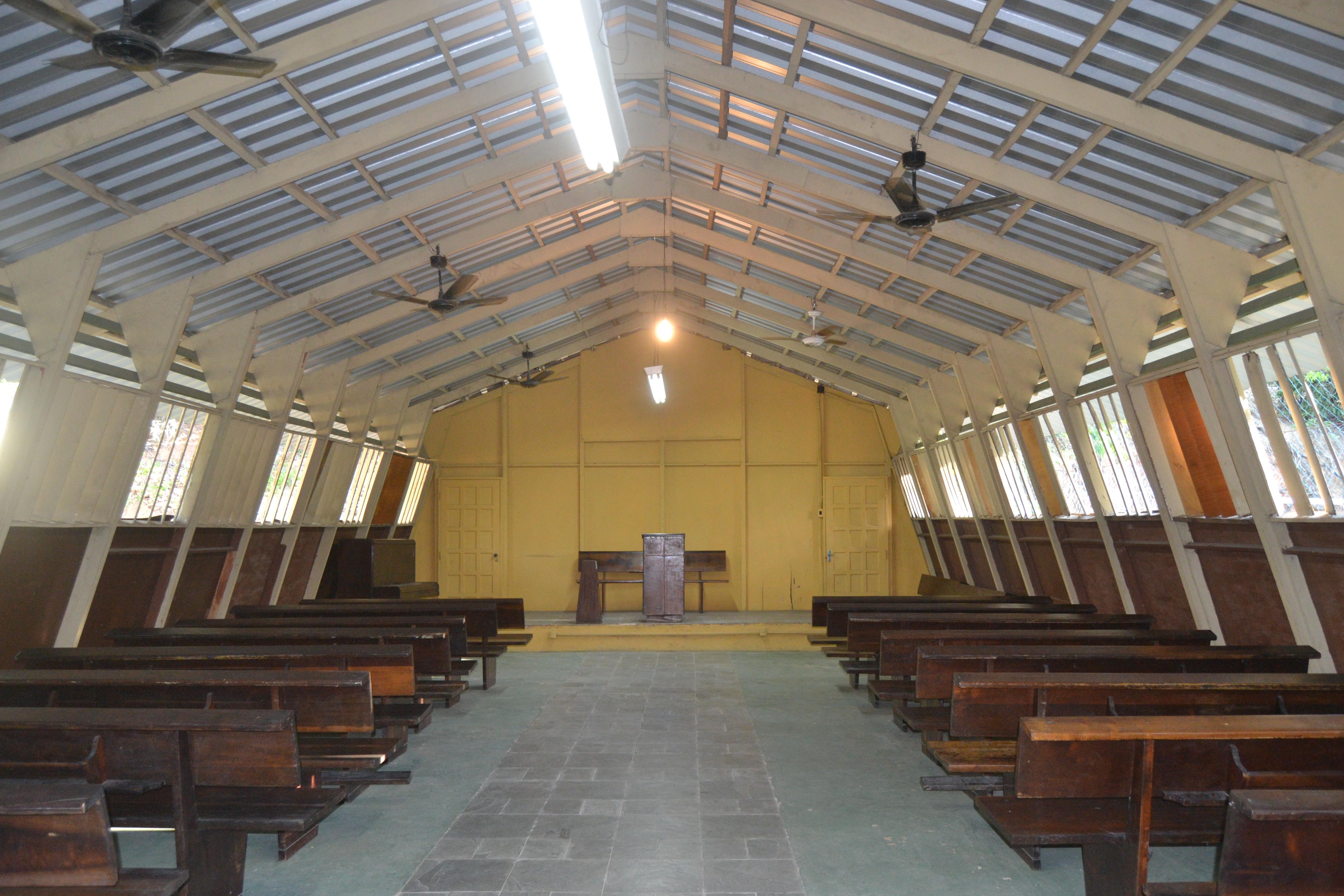 capela dentro 1