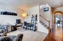 7858 S Joplin Ct Englewood CO-large-005-18-Living Room-1500x1000-72dpi