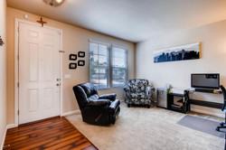 7858 S Joplin Ct Englewood CO-large-004-16-Living Room-1500x1000-72dpi