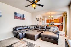 7858 S Joplin Ct Englewood CO-large-013-22-Family Room-1500x1000-72dpi