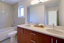 Full upper level bath w/ dual sinks
