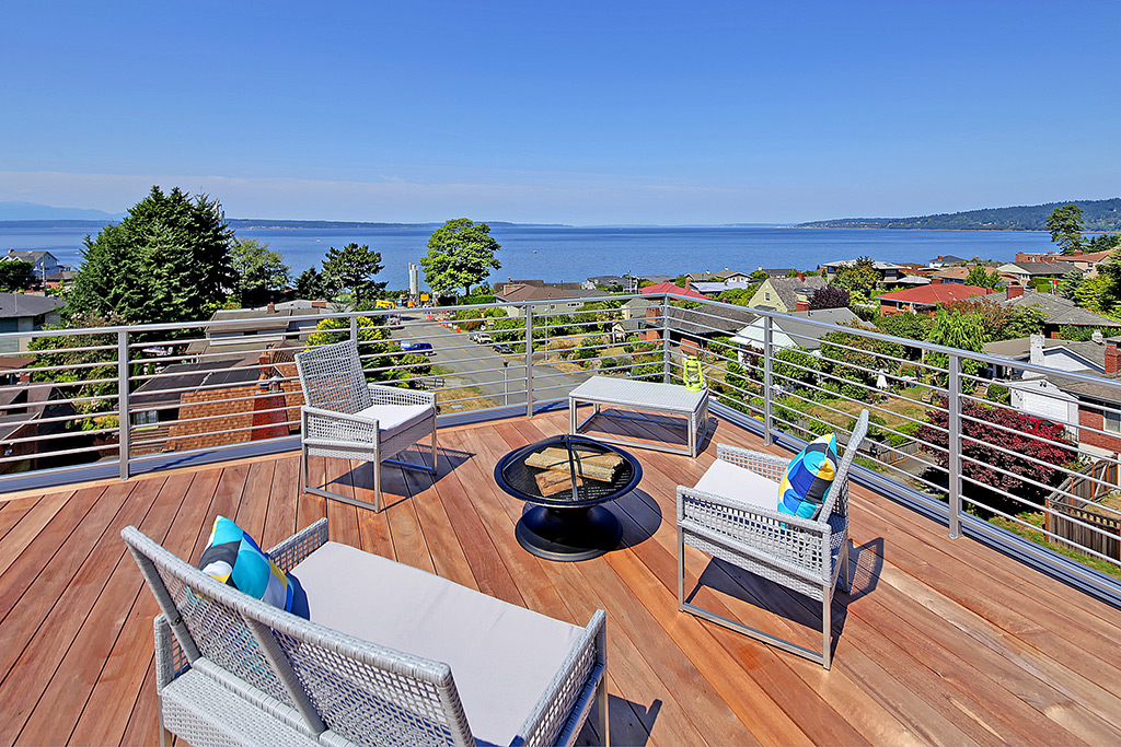 Sweeping/unobstructed views!