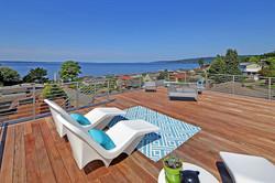HUGE roof-top deck - plenty of space