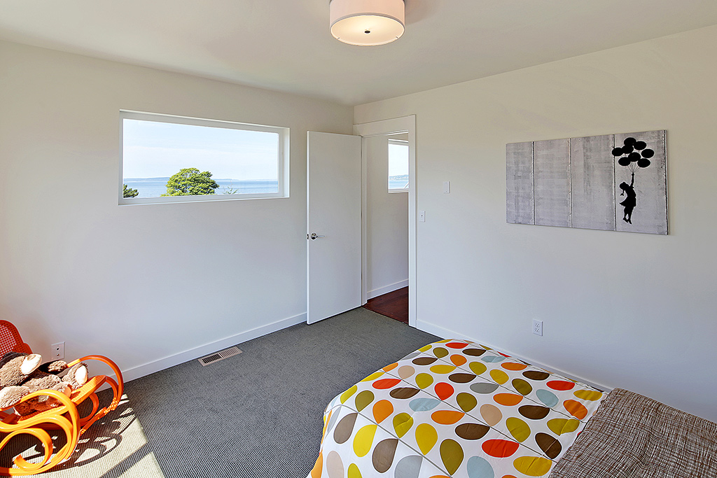 4th bedroom on upper level