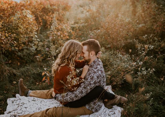 Aimee & Casey - Bong Fall Engagement Ses