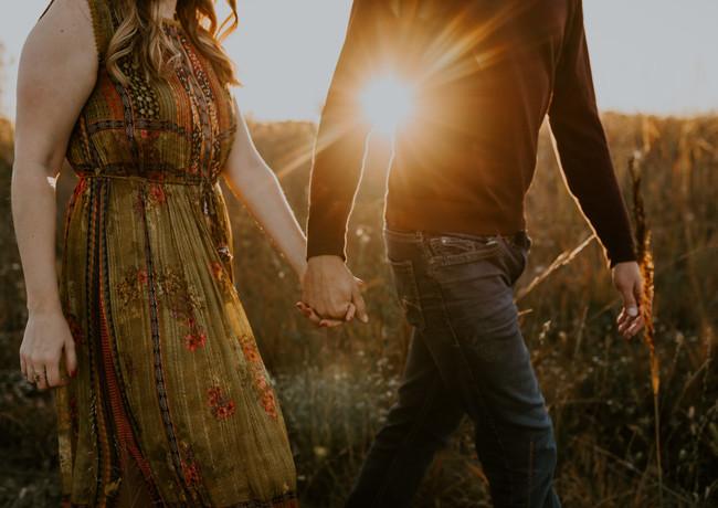 Allie & Tyler - Engagement-105.jpg