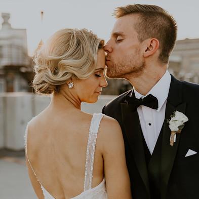 ELEGANT AND ROMANTIC SUMMER WEDDING AT MERCANTILE HALL, BURLINGTON WISCONSIN